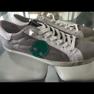 Hydrogen Distressed Leather Skull Sneakers New